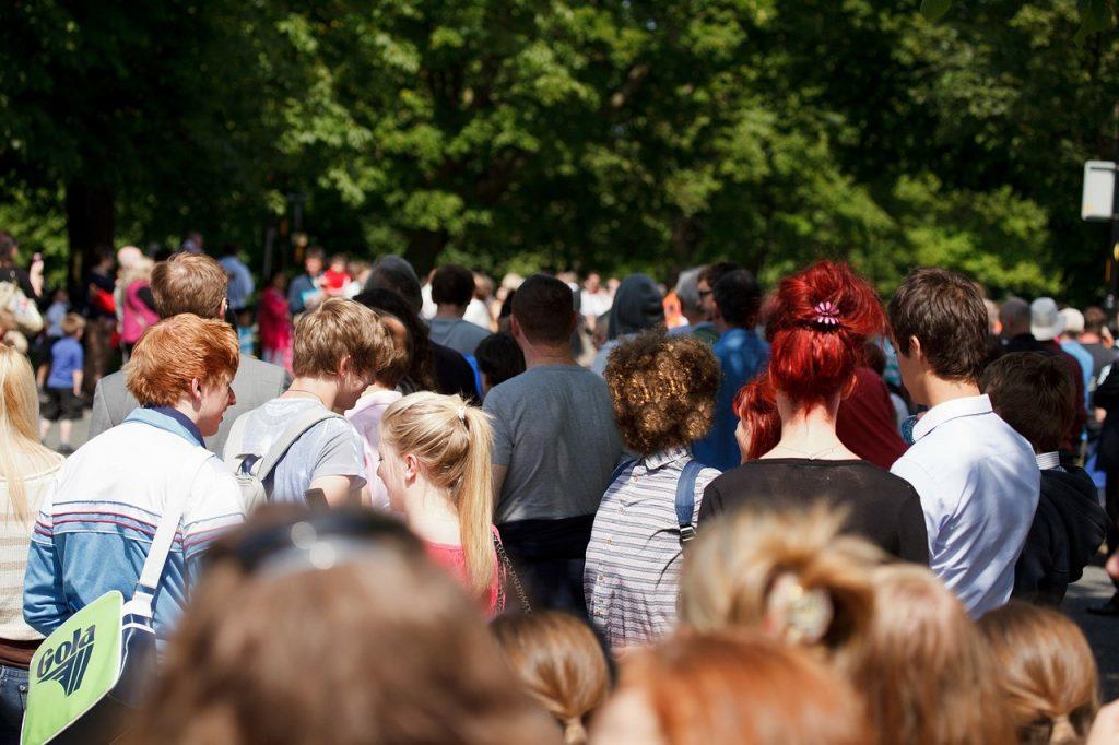 crowd-71255_1280